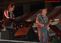 cs-JohnMayallandtheBluesbreakers2-Columbia4602.JPG (59633 bytes)