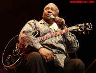 cs-BBKing8-Atlanta82302.JPG (61283 bytes)